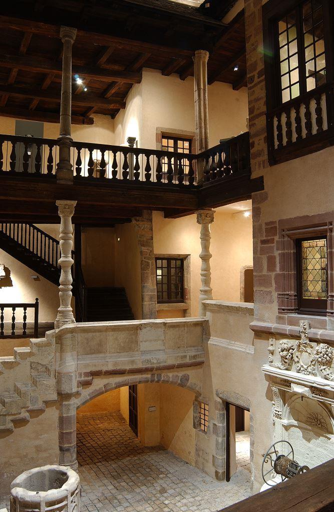 Cour intérieure de l'hôtel de Jouéry