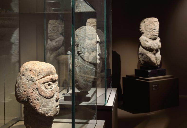 Sculptures de l'île de Pâques