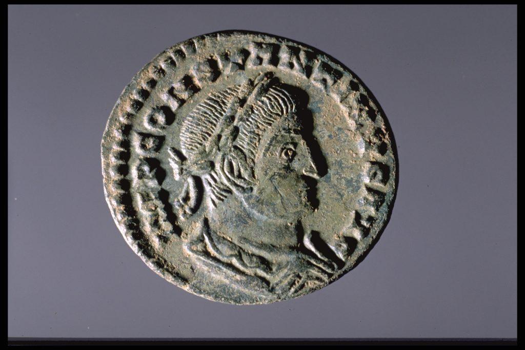 Monnaie romaine à l'effigie de Constantin le Grand